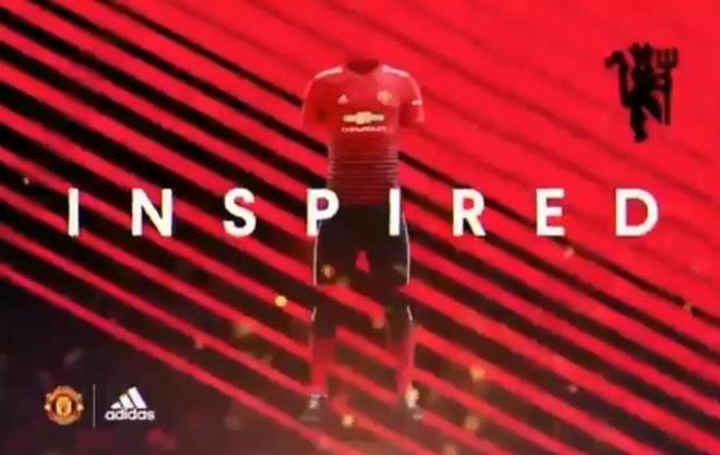 Mau ao dau khac la cua Man Utd mua 2018/19 hinh anh 1