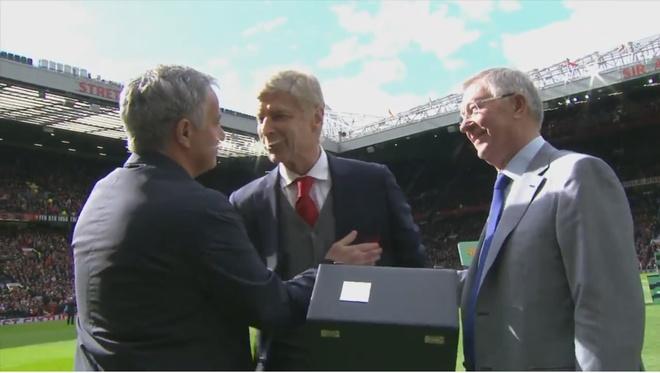 Truc tiep MU vs Arsenal anh 17