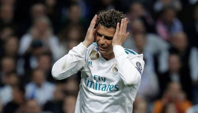 Cham diem Real: Ronaldo lai gay that vong hinh anh