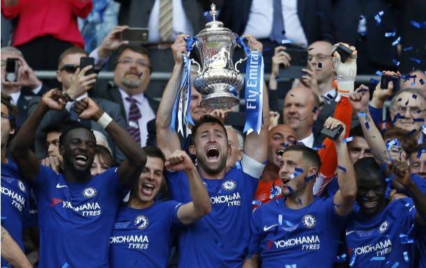 Ha Man Utd, Chelsea lan thu 8 dang quang FA Cup hinh anh