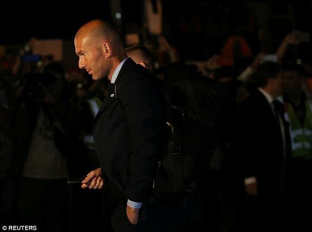 Chung ket Champions League 2018: Ronaldo banh bao den SVD Olimpiyskiy hinh anh 4