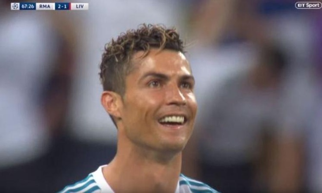 Zidane tai hien man xoa dau hai huoc sau sieu pham cua Bale hinh anh 2