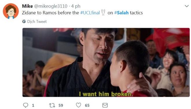 CDV phan no voi pha be vai 'nhu vo si MMA' cua Ramos voi Salah hinh anh 10