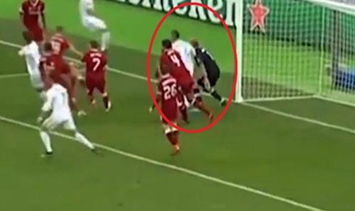 Ramos trang an sau pha xau choi o chung ket Champions League hinh anh 1