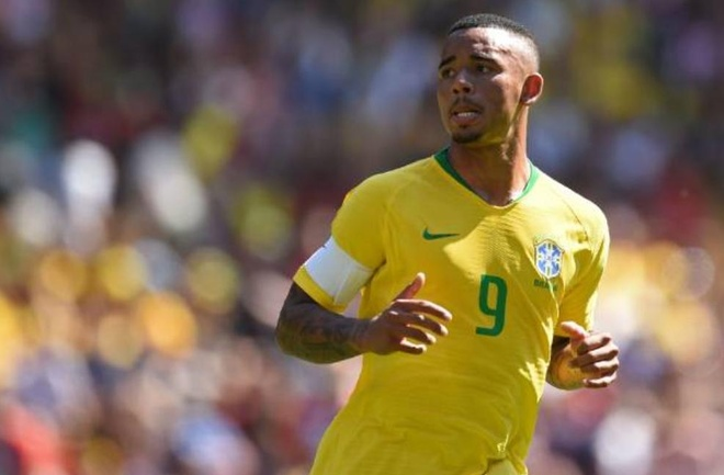 Vi sao Jesus lam thu quan Brazil du Silva, Marcelo ra san? hinh anh