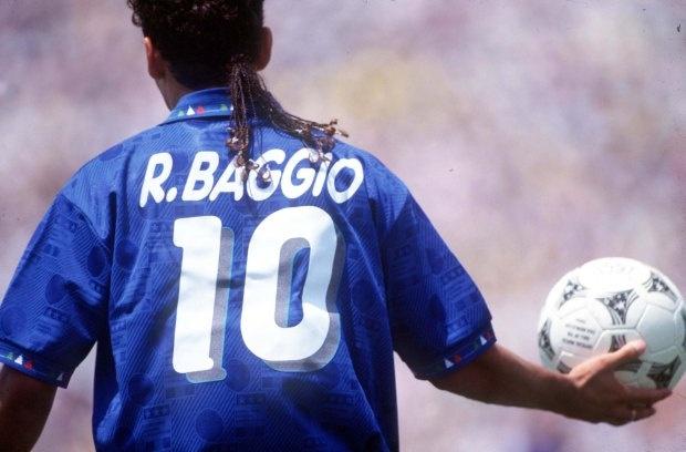 Ronaldo, Baggio va nhung kieu toc quai di nhat lich su World Cup hinh anh 10