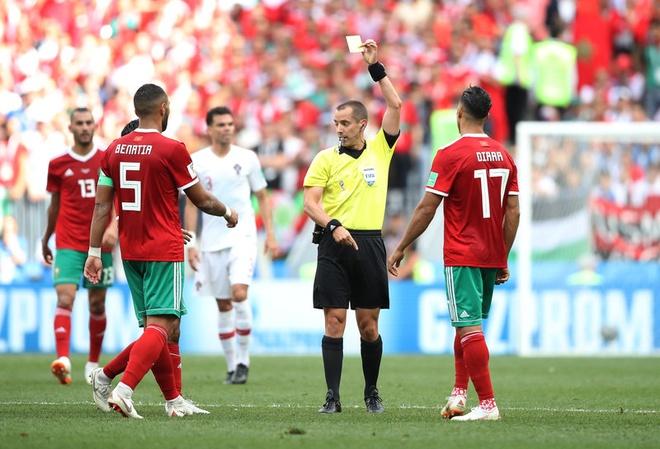 Ronaldo toa sang, Bo Dao Nha nhoc nhan vuot ai Morocco hinh anh 26