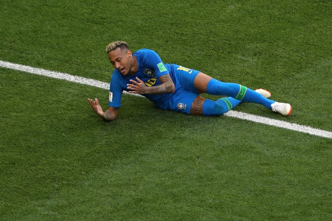 Bung no phut bu gio, Brazil tien Costa Rica roi World Cup hinh anh 36