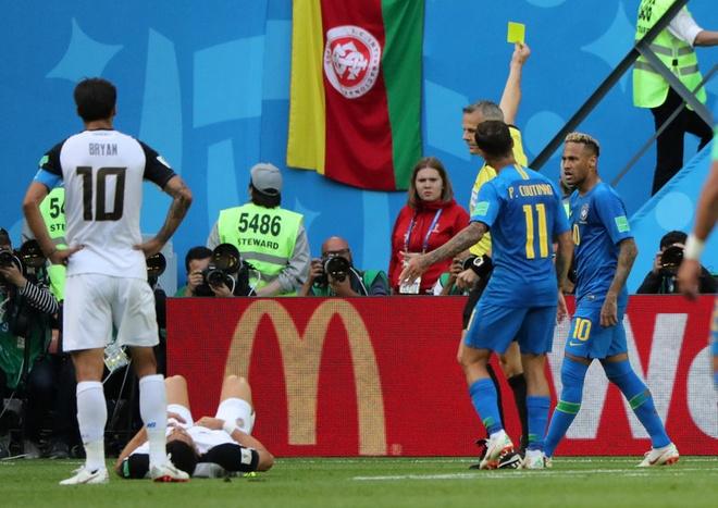 Bung no phut bu gio, Brazil tien Costa Rica roi World Cup hinh anh 37