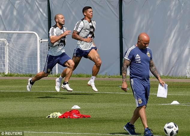 World Cup ngay 20/6: 'Neu la Neymar, Pogba se khong bi tuoc ban thang' hinh anh 3