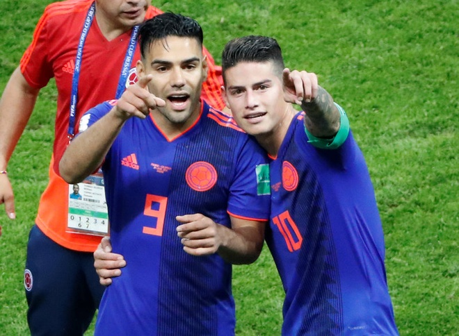 Dan mang truy tim thong tin co gai 'gay thuong nho' la fan Colombia hinh anh 10