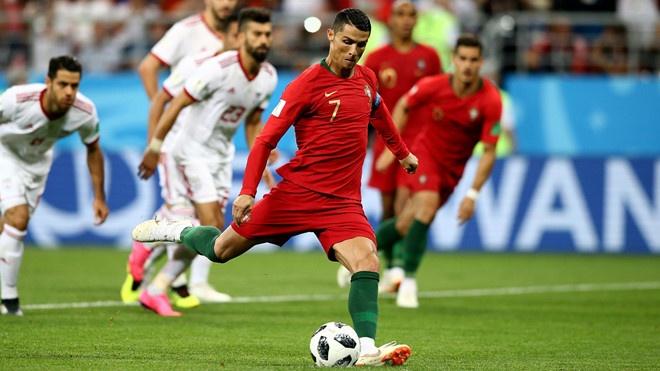 Thua Uruguay, Ronaldo theo chan Messi roi World Cup hinh anh 1