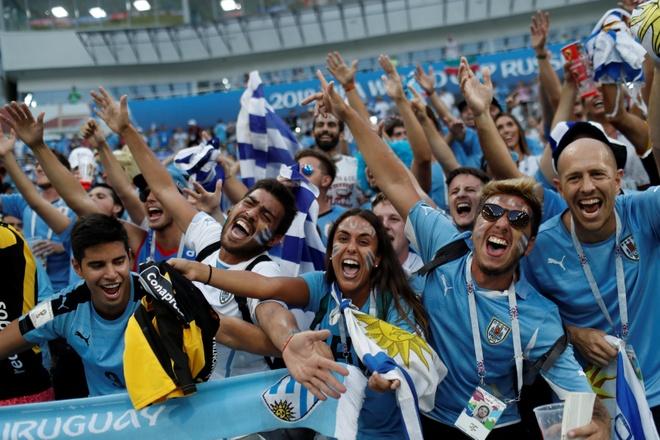 Thua Uruguay, Ronaldo theo chan Messi roi World Cup hinh anh 3