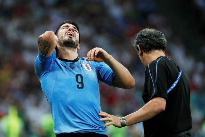 Thua Uruguay, Ronaldo theo chan Messi roi World Cup hinh anh 26