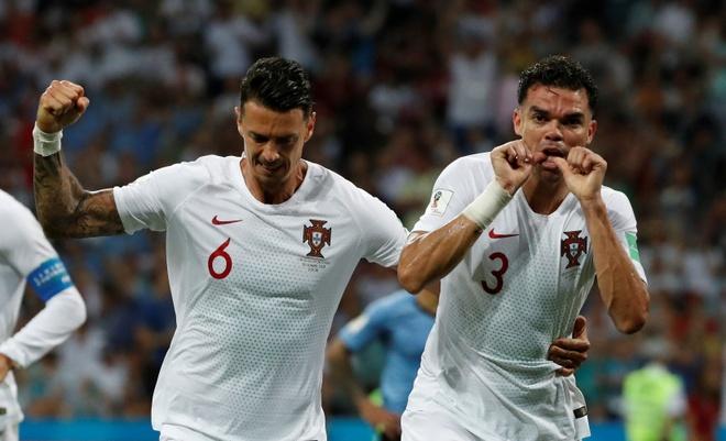 Thua Uruguay, Ronaldo theo chan Messi roi World Cup hinh anh 31