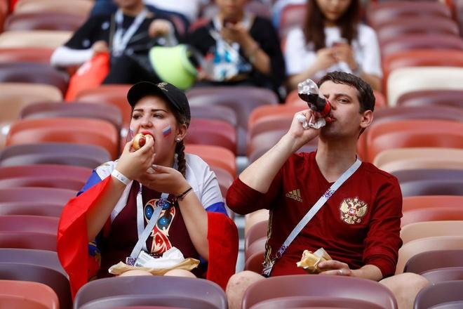 Tay Ban Nha 1-1 Nga (pen 3-4): 'La Roja' cui dau roi World Cup hinh anh 6