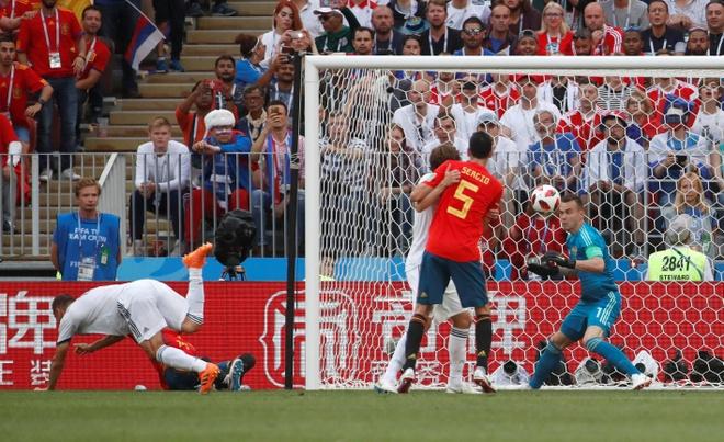 Tay Ban Nha 1-1 Nga (pen 3-4): 'La Roja' cui dau roi World Cup hinh anh 20