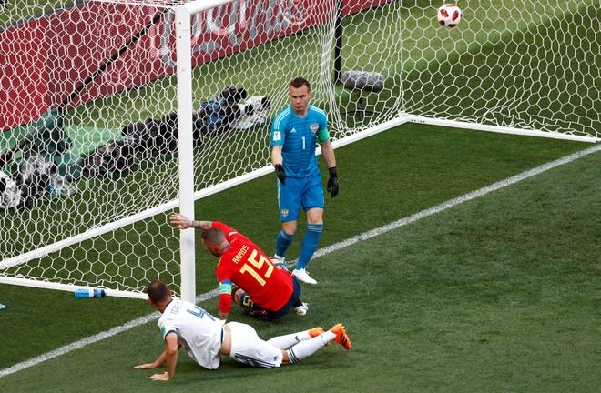 Tay Ban Nha 1-1 Nga (pen 3-4): 'La Roja' cui dau roi World Cup hinh anh 21