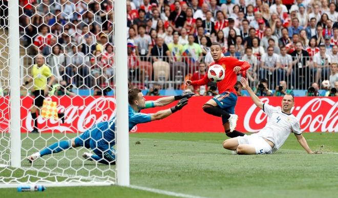 Tay Ban Nha 1-1 Nga (pen 3-4): 'La Roja' cui dau roi World Cup hinh anh 46