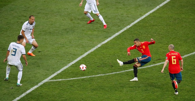 Tay Ban Nha 1-1 Nga (pen 3-4): 'La Roja' cui dau roi World Cup hinh anh 48