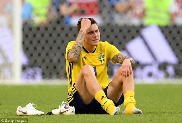 World Cup ngay 2/7: HLV Brazil 'doa' Mexico truoc dai chien hinh anh 11
