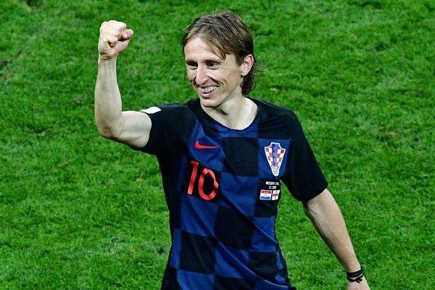 Modric: 'Coi thuong Croatia, day la cai gia truyen thong Anh phai tra' hinh anh 1