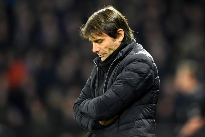 Chelsea chinh thuc sa thai Antonio Conte, don duong don Maurizio Sarri hinh anh 1
