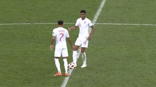 Hai cau thu MU giao bong nhanh khi Croatia an mung hinh anh 1