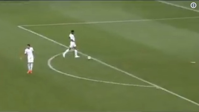 Hai cau thu MU giao bong nhanh khi Croatia an mung hinh anh 2