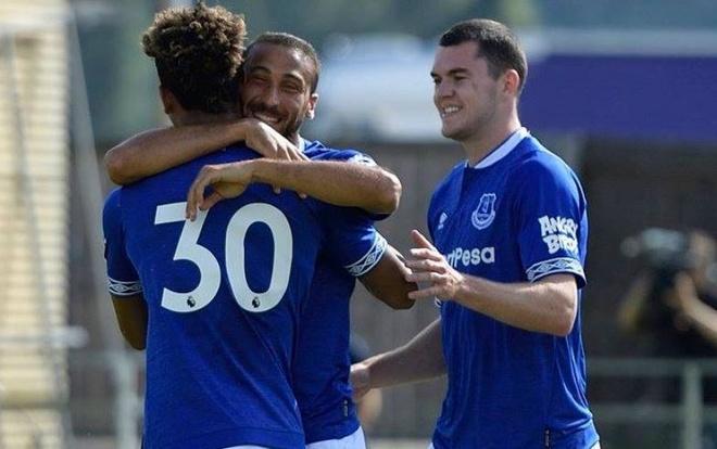 Duoc moi da giao huu, Everton thang doi thu 22-0 hinh anh
