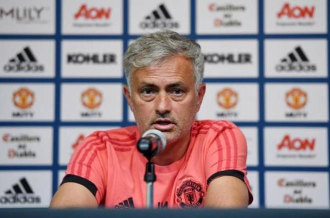 Mourinho con lua doi CDV Man United den bao gio? hinh anh 2