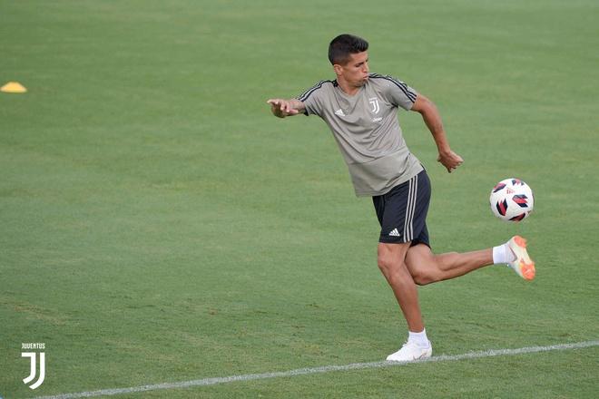Ronaldo rang ro trong buoi tap dau anh 8