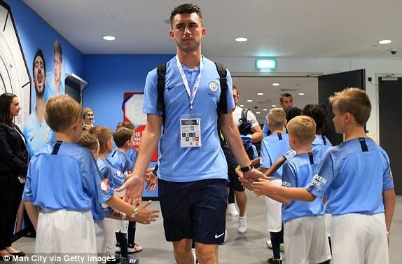 Aguero lap cu dup, Man City ha Chelsea de gianh sieu cup Anh hinh anh 11
