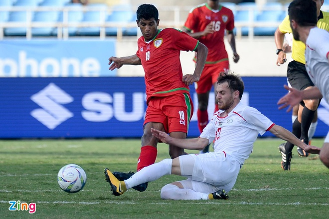 U23 Oman 1-1 U23 Palestine: Tien ve nhan the do ngay sau khi ghi ban hinh anh 6