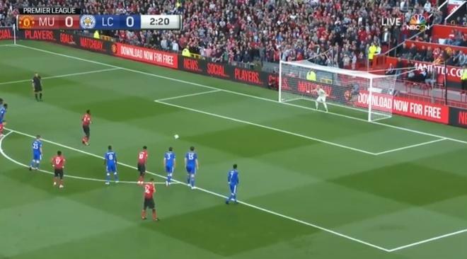 Pogba tai hien pha di bo sut 11 m cua Zaza tai EURO 2016 hinh anh 1