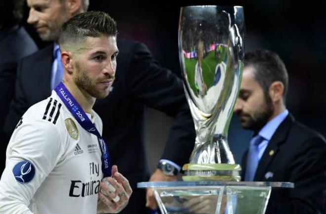 Ramos tram ngam, Marcelo thao huy chuong ve nhi sau that bai hinh anh