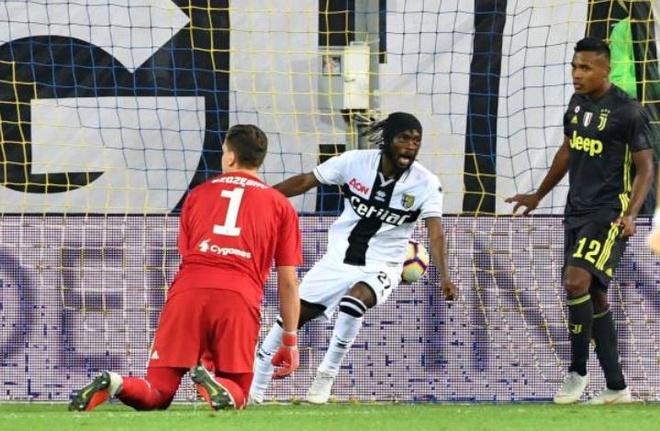 Ronaldo lac long trong tran thang thu 3 cua Juventus tai Serie A hinh anh 16
