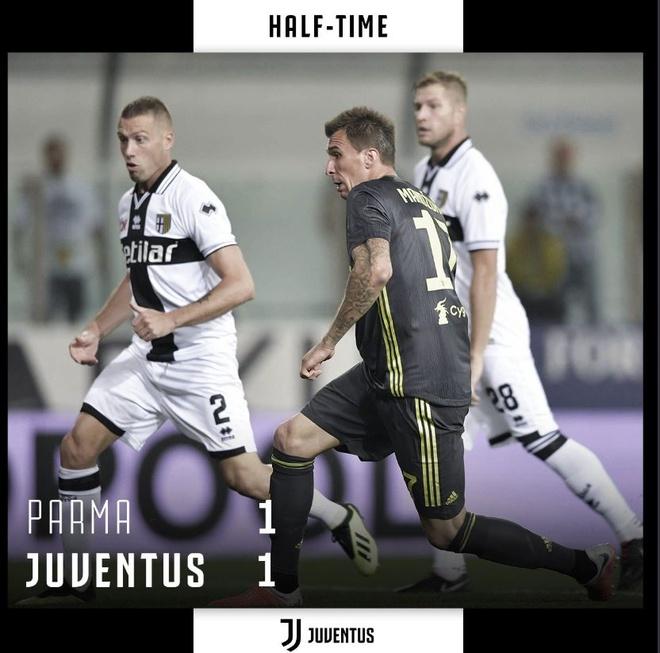 Ronaldo lac long trong tran thang thu 3 cua Juventus tai Serie A hinh anh 17