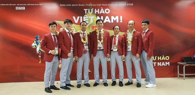 Van Toan: 'Ban thang phut 108 den tu no luc cua toan doi' hinh anh 18