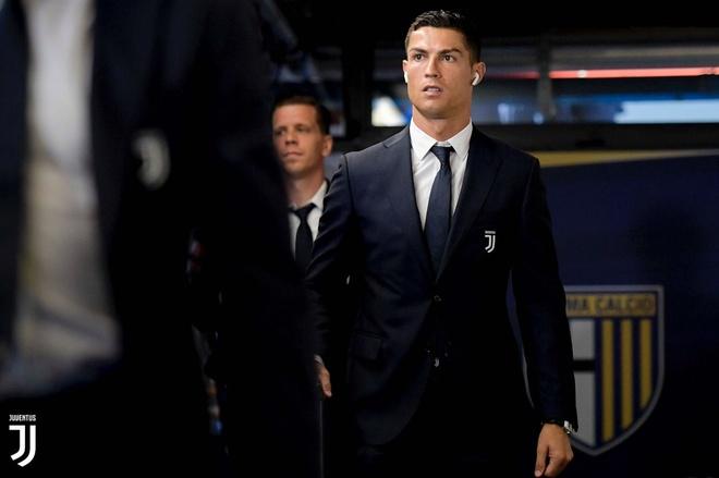 Ronaldo lac long trong tran thang thu 3 cua Juventus tai Serie A hinh anh 6