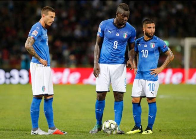 Balotelli tai xuat, Italy chat vat gianh diem truoc Ba Lan hinh anh 1