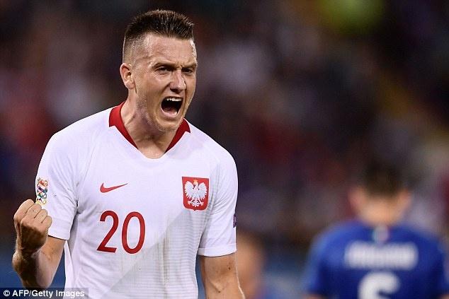Balotelli tai xuat, Italy chat vat gianh diem truoc Ba Lan hinh anh 3