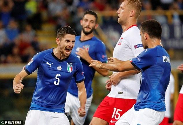 Balotelli tai xuat, Italy chat vat gianh diem truoc Ba Lan hinh anh 6