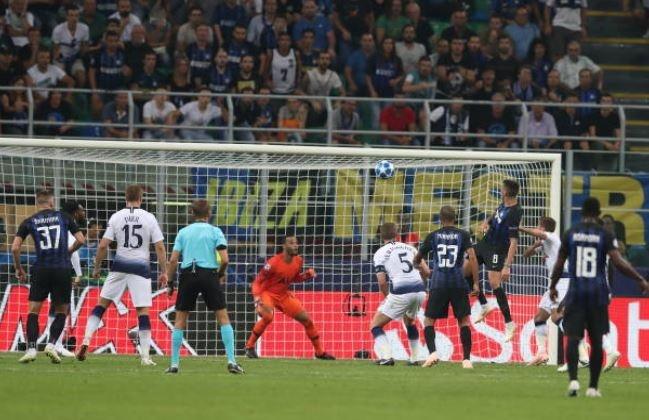 Icardi lap sieu pham, Tottenham om han o Giuseppe Meazza hinh anh 27