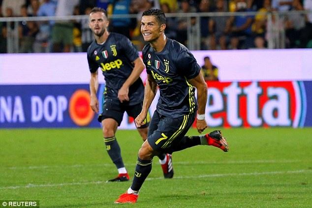 Juventus vs Bologna: Cho con tu ai cua Ronaldo hinh anh 2