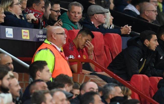 MU khong thang tran thu tu lien tiep tren san nha Old Trafford hinh anh 23