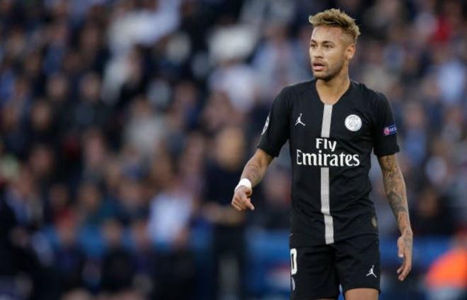 PSG 6-1 Crvena Zvezda: Neymar lap hat-trick hinh anh 12