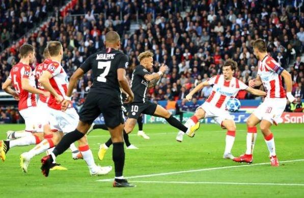 PSG 6-1 Crvena Zvezda: Neymar lap hat-trick hinh anh 6