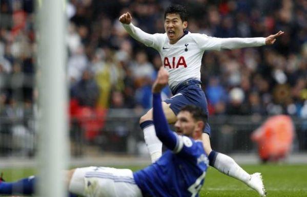 Tottenham 1-0 Cardiff: Thu mon Philippines bat luc hinh anh