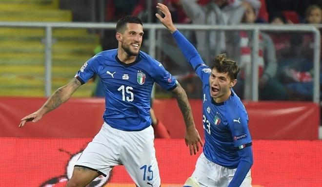 DT Italy danh bai DT Ba Lan o phut 90+2 hinh anh